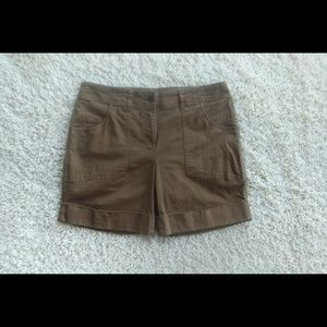 3/$20 Liz&Co Petite Stretch Olive Green Shorts 6P